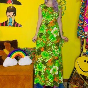 Vintage 70s bold floral Hawaiian maxi dress L